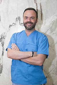 Dr. Hugo Gomes
